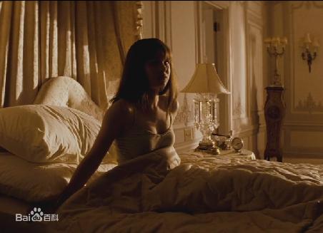《艾丽卡》电影中的柯尔斯顿.布朗特