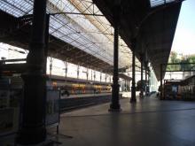 圣本图火车站