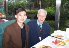 与中国小儿外科创始人张金哲教授合影