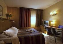 卡莱尔布雷拉酒店