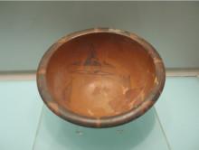 人面鱼纹彩陶盆展览