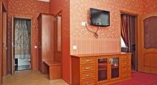 罗蒙诺索夫酒店