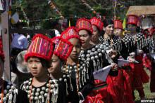 克钦族欢庆目瑙节日