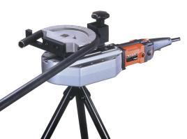 本机器除了具备弯管功能外,还能将油缸作为液压千斤顶使用,相对于数控图片