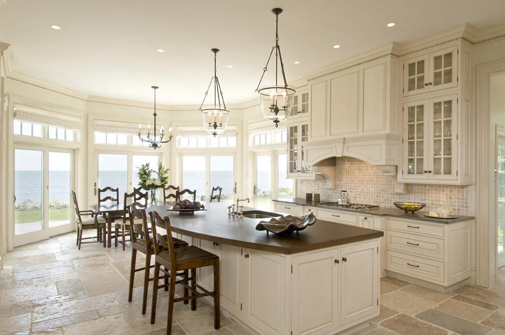 2013最新欧式别墅厨房装修效果图图片