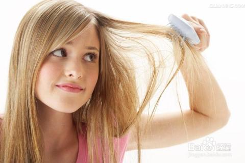 头发有静电时越梳越有静电图片