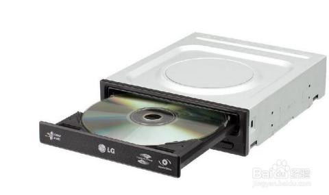 将光盘放入光驱托盘中,将托盘弹入光驱中