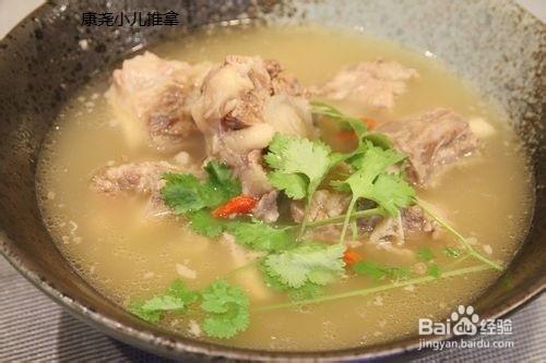 小儿营养汤-做法汤的牛尾排骨汤只放姜和葱图片