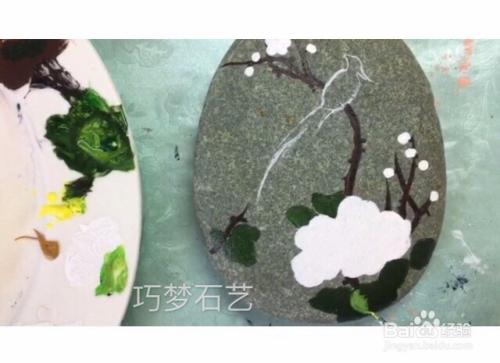 手绘彩石石头画教程步骤图 教程视频步骤图片