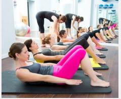 女朋友练瑜伽被教练干