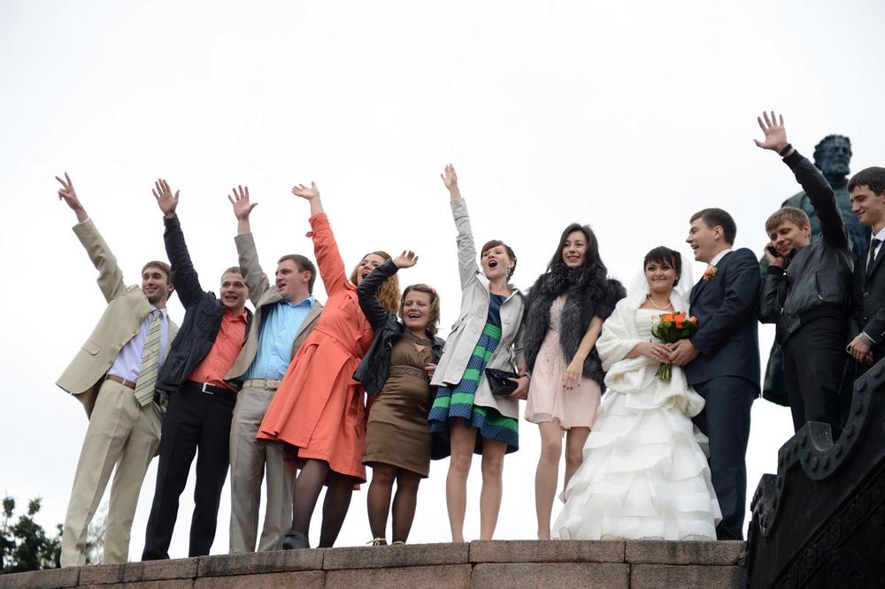 俄罗斯年轻人充满了朝气图片图片