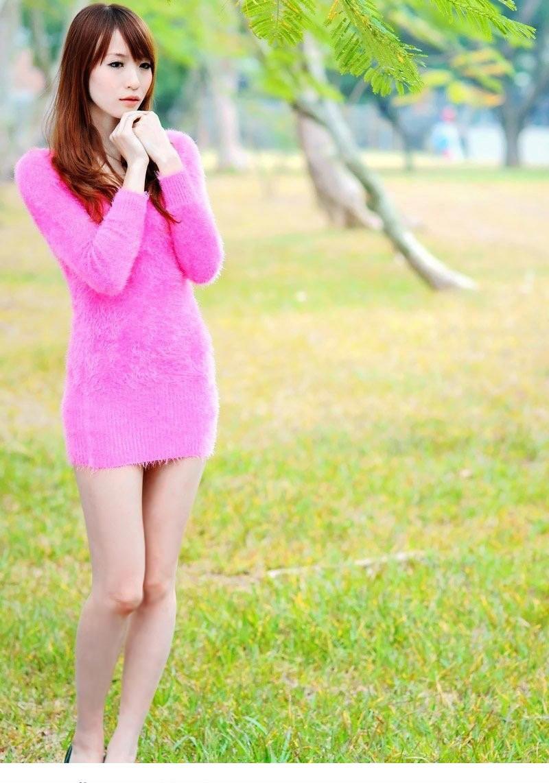 清纯美女齐b小短裙超迷人写真