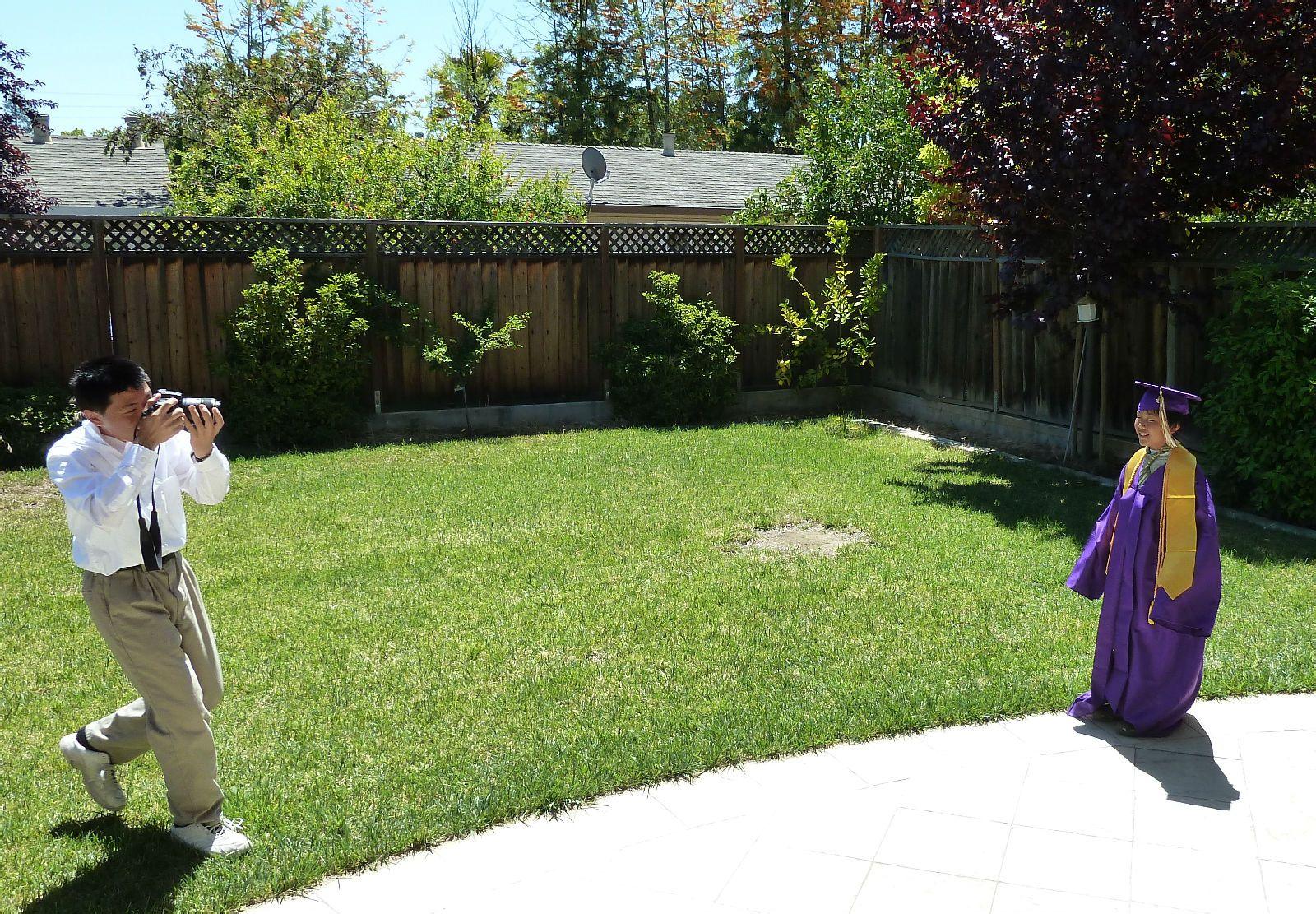扎扎也换上紫袍试镜头先得瑟得瑟