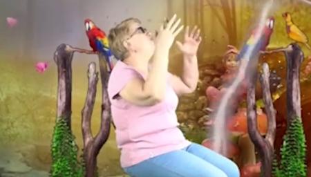 """这位俄罗斯网红奶奶靠抠图走红,""""五毛特效""""是她的最爱"""