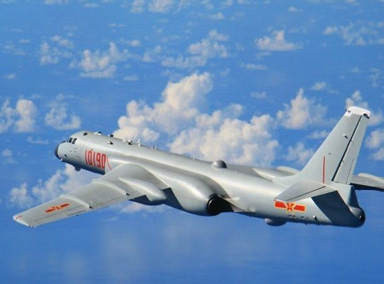 人民空军绕飞祖国宝岛
