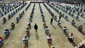 学校举行最霸气考试