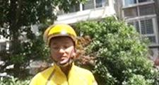 外卖小哥民宅救火