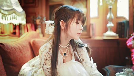 公主即视感 韩国第一美少女Yurisa微博晒美照