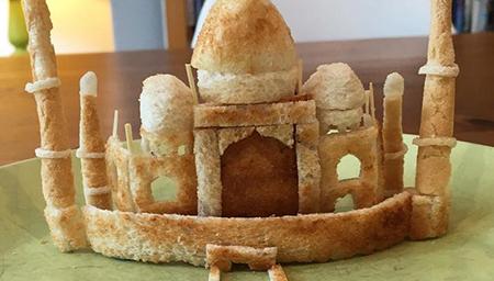 女儿过敏只吃面包 老爸把面包做成艺术品