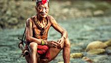 回到过去!探秘印尼与世隔绝土著部落