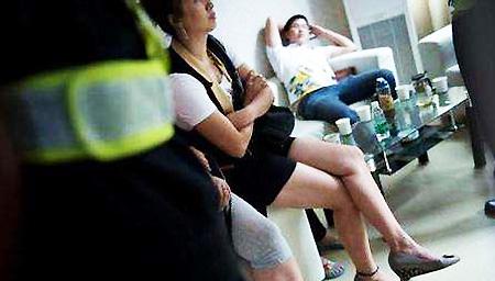 中国老板雇6名泰国女子赴老挝代孕 被海关逮捕