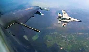 中国巴铁40架战机罕见同时升空
