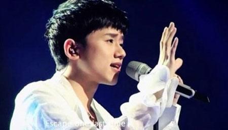 歌手 张杰与歌迷的互动日常