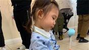 陈冠希为2岁女儿办派对庆生,一家三口同框甜蜜有爱,幸福温馨