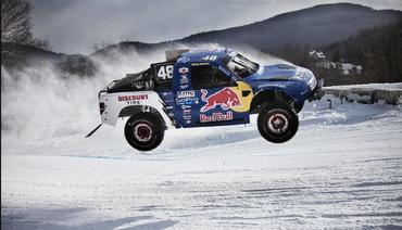 隔着屏幕也能感受到900马力的轰鸣声,肌肉车雪地越野燥起来!