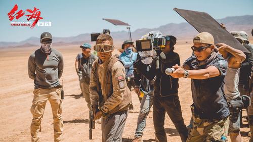 《红海行动》揭秘北非拍摄细节 全员迎来最艰辛肉体挑战