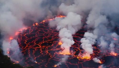 超震撼!全方位解析火山喷发全过程,隔着屏幕都能感觉到电光火石