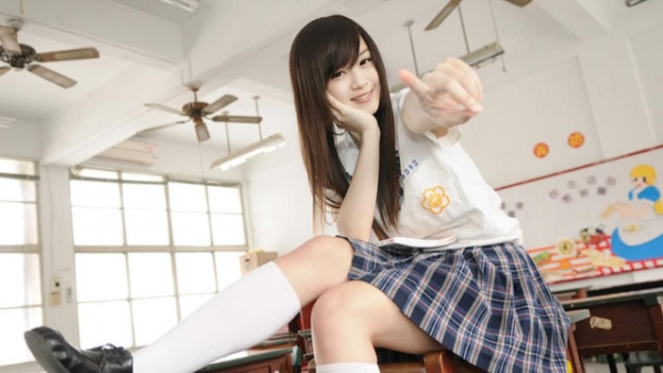 熟女图片15p_台湾超正学生妹~yarmi[15p]; 下载信爱方面的电影,峦轮熟女五月天
