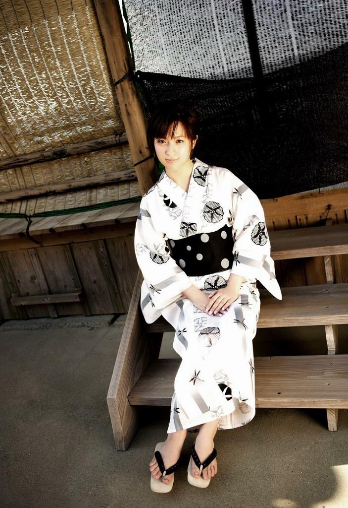 我想知道这个日本明星是谁?