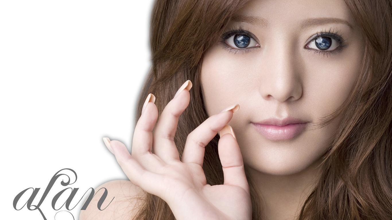 求日韩写真中这位美女名字