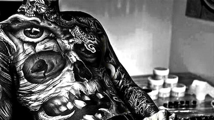 黑白壁纸长图欧美流行男生纹身_百度知道图片
