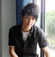 男生14岁,头发硬适合什么发型,平头的话两边的头发 ...