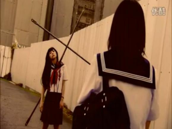 日本有部电影是一个男的去租房.租了有几个女的房?剧情都是搞笑的!