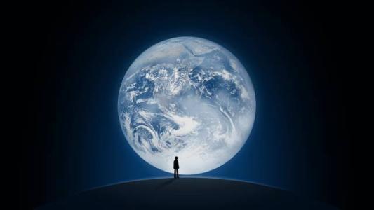 """微信的启动画面就是用了这张""""蓝色弹珠"""",人类最近一次在太空中远眺图片"""