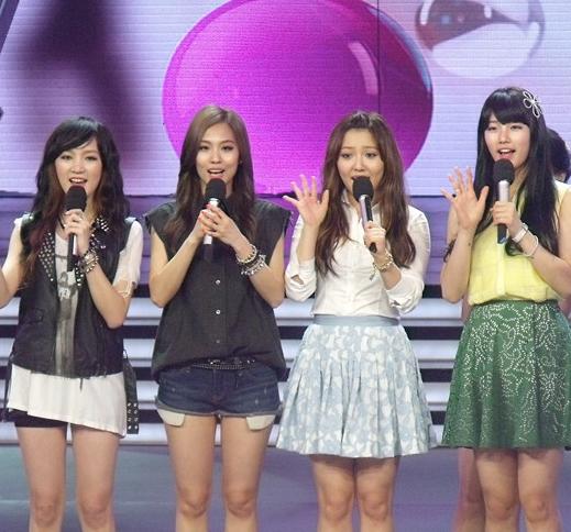 四个女孩韩国组合有个短发的去过快乐大本营