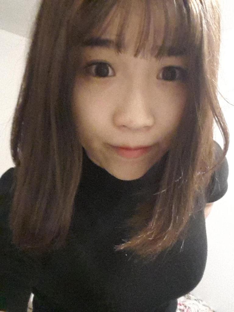 短头发女生好看还是长头发?图片