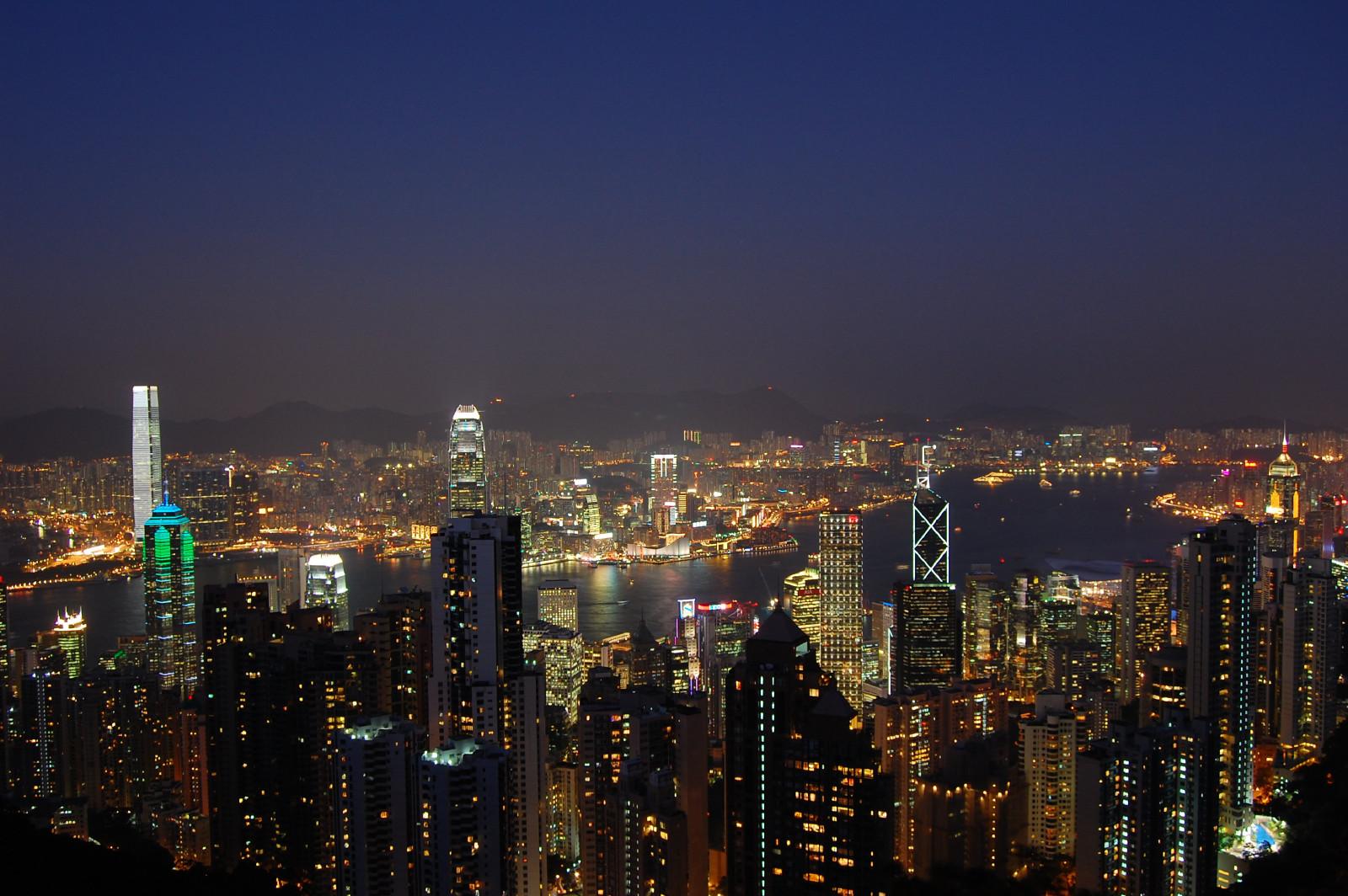 香港游穿什么衣服
