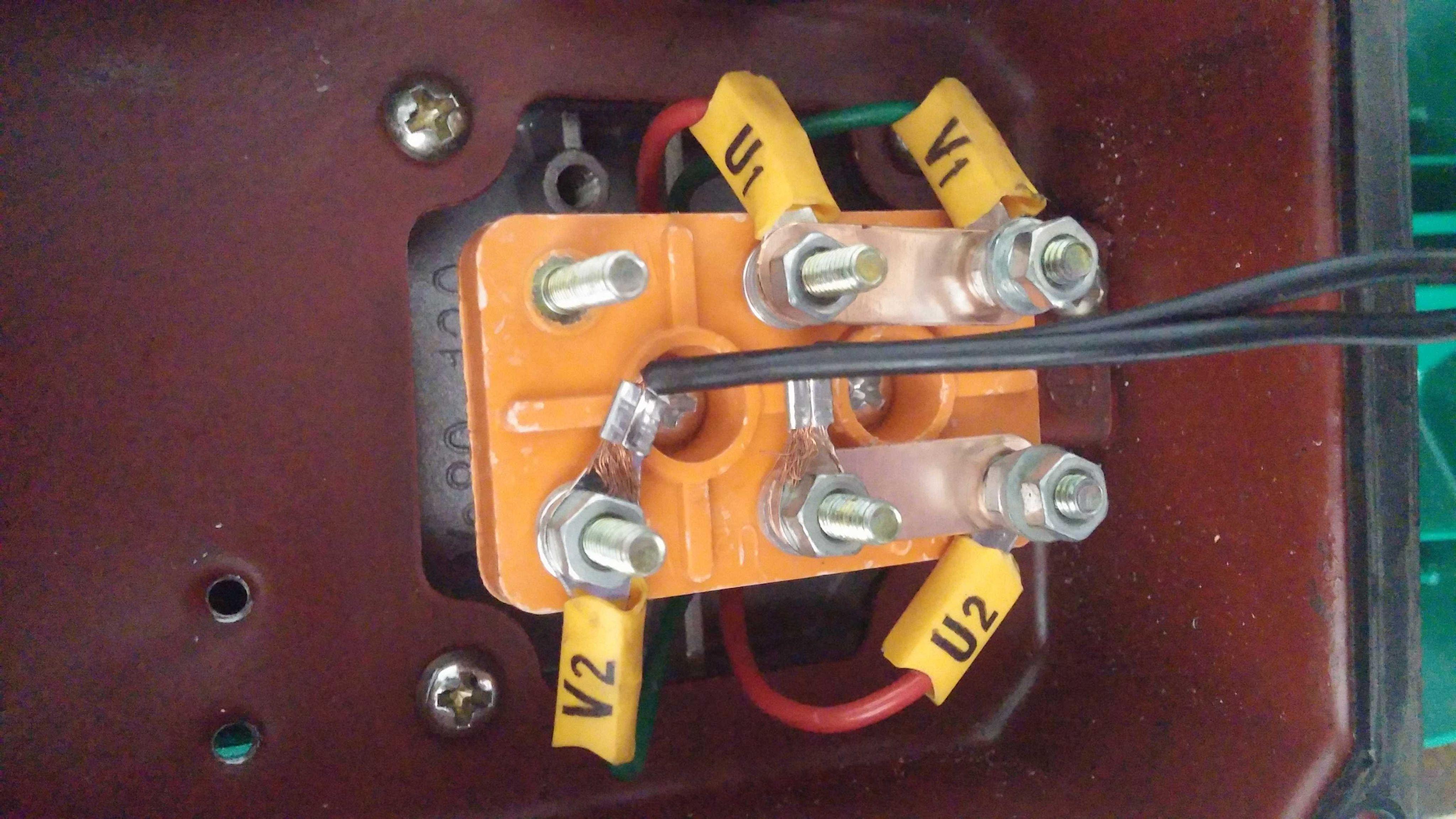 空调压缩机电容接线_单相 电机电容接线 图-双电容电机接线图图片