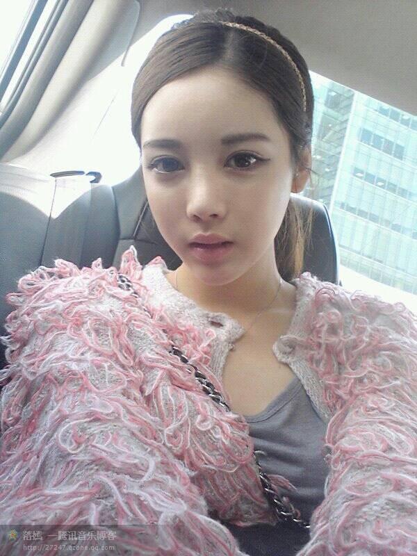 请问这个美女是韩国那个女明星啊?