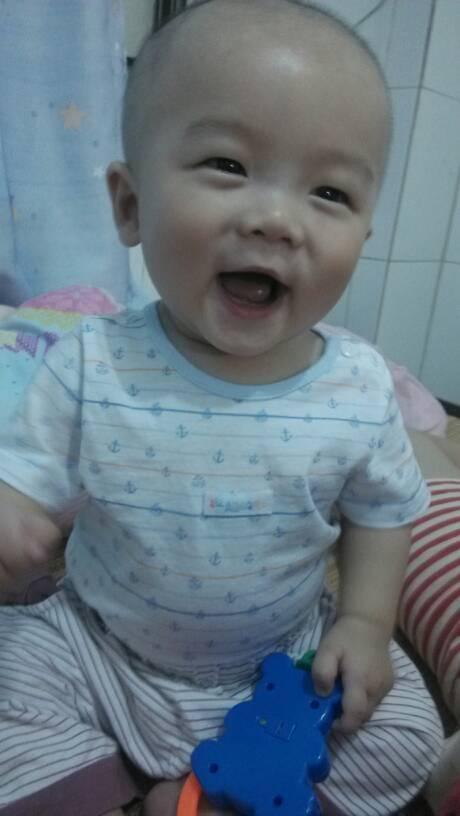 宝宝搞笑照片图片