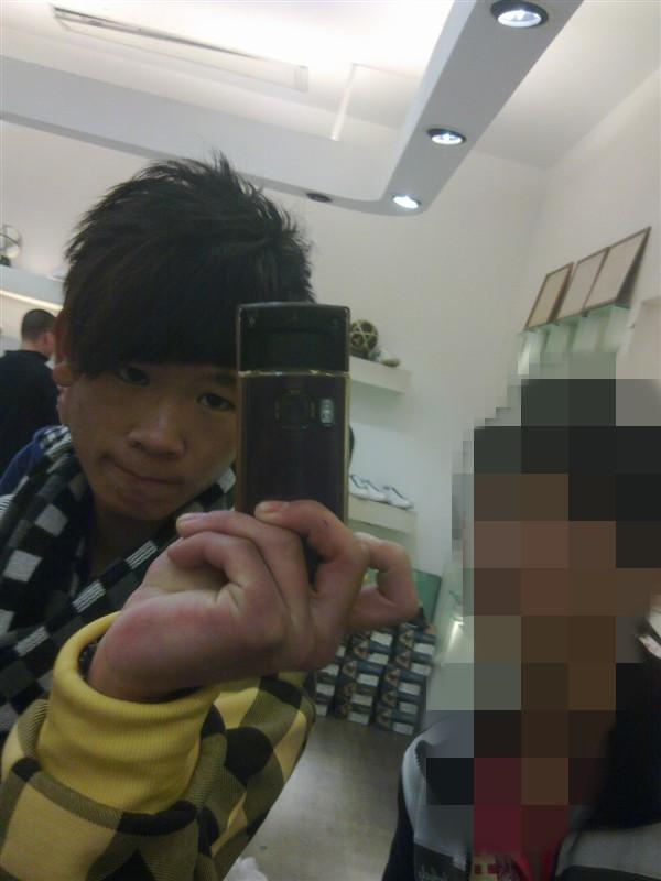 现在中学生最喜欢剪的头发叫什么_中学生剪什么头发