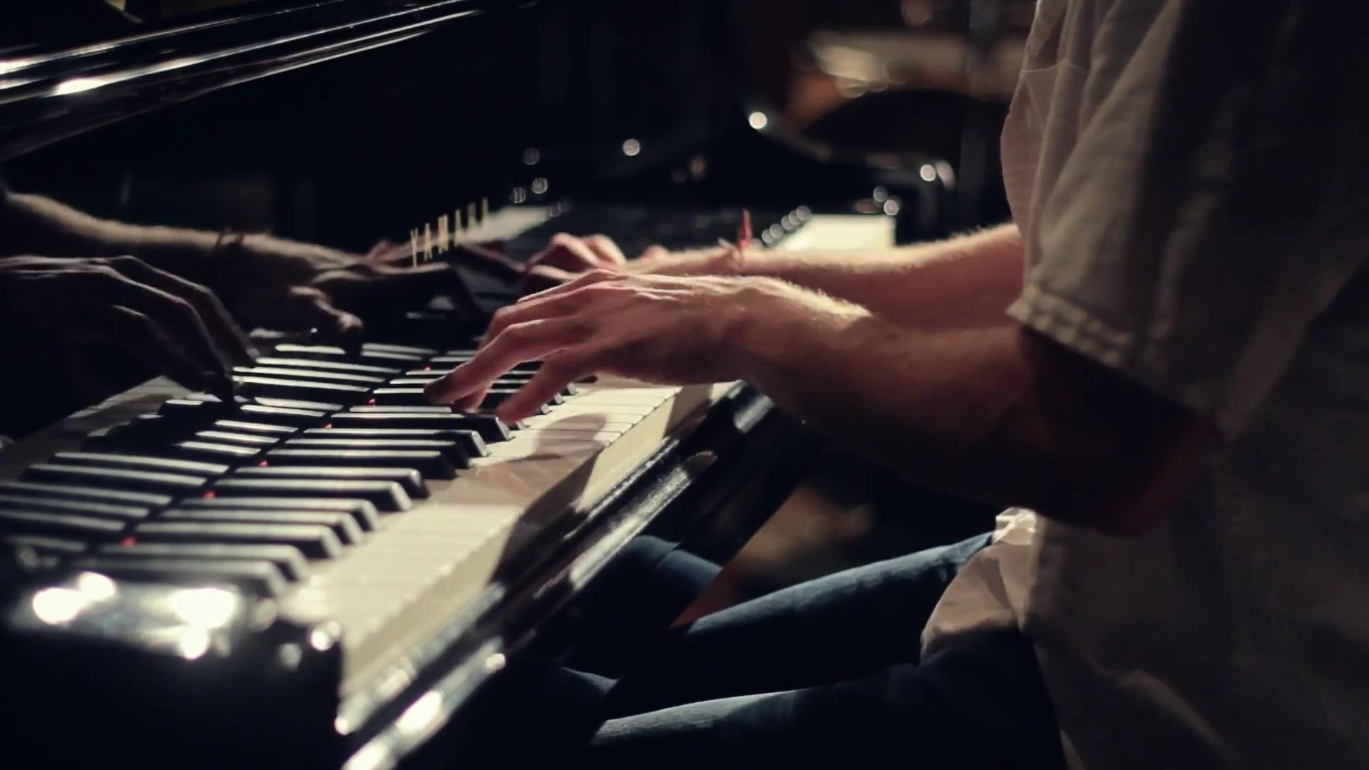 【钢琴】关于弹琴手型和用力的问题【求高手】图片