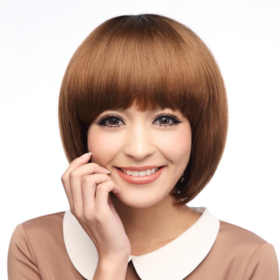 由于额头太长难看 留了很久齐刘海 想剪短发 有懂发型的各位你们给我图片