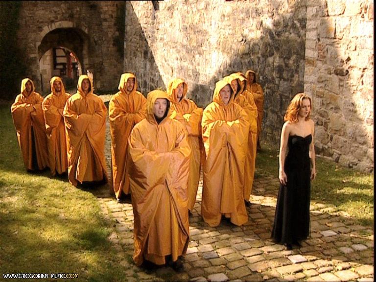 教皇合唱团古典美声演唱《毕业生》主题曲,庄严神圣而