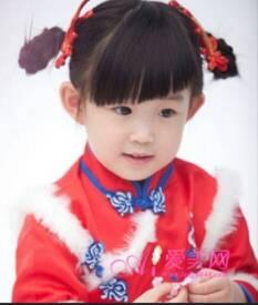 2014-03-24怎样给宝宝扎头发图片 2014-03-16小孩子的头发怎么扎图片图片
