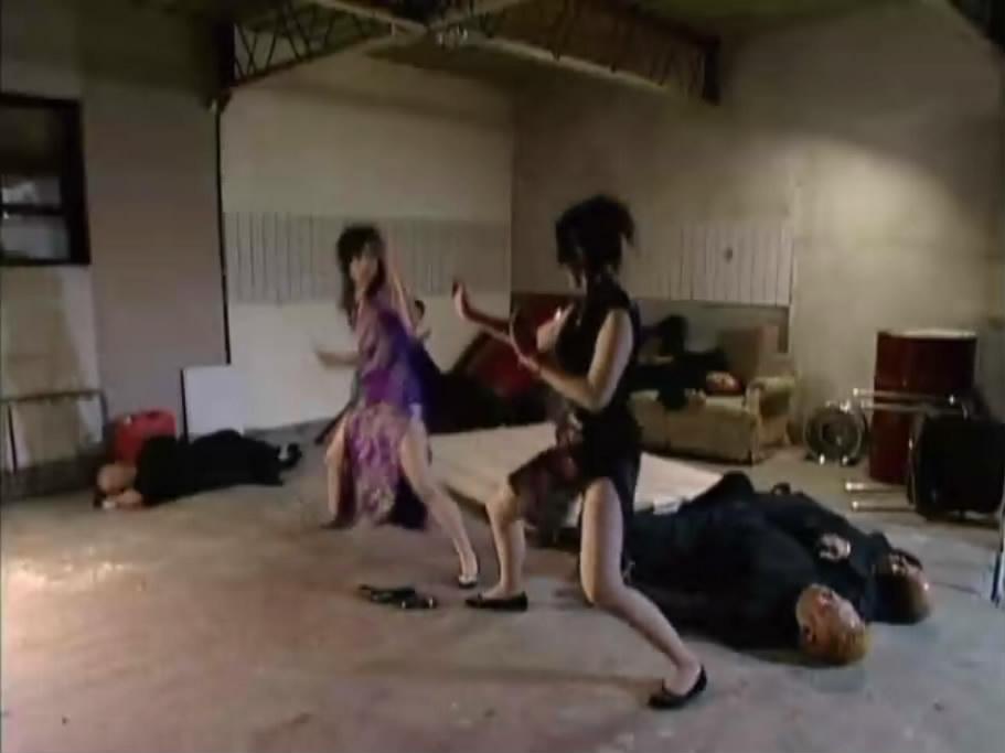 两个旗袍美女打架 求出处